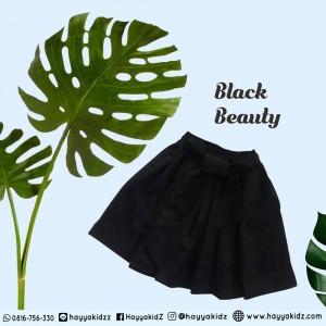 HARAJUKU BLACK BEAUTY